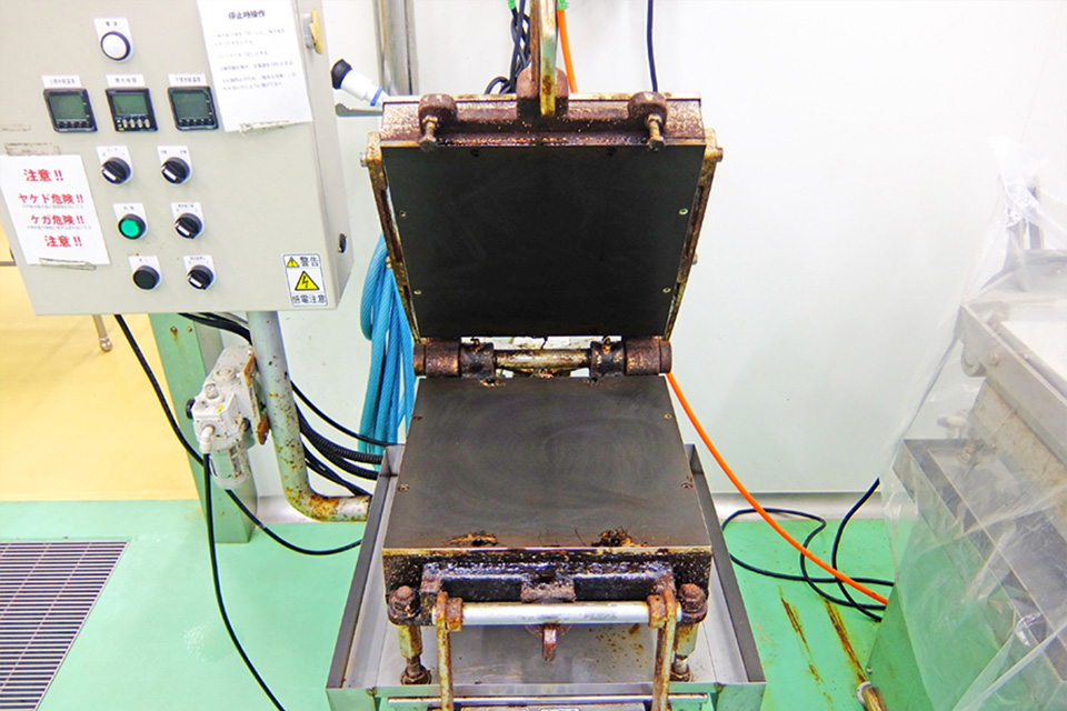 加圧両面焼成機